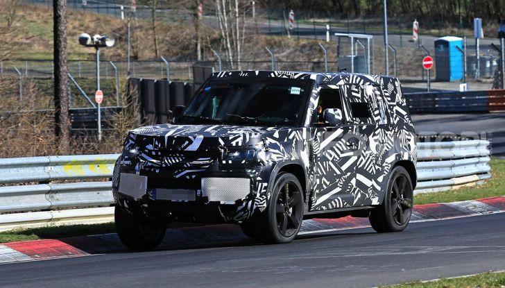 Nuova Land Rover Defender 2020, nuove immagini dei test dinamici - Foto 15 di 18