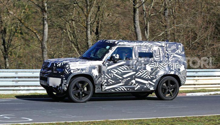 Nuova Land Rover Defender 2020, nuove immagini dei test dinamici - Foto 13 di 18