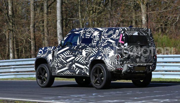 Nuova Land Rover Defender 2020, nuove immagini dei test dinamici - Foto 10 di 18