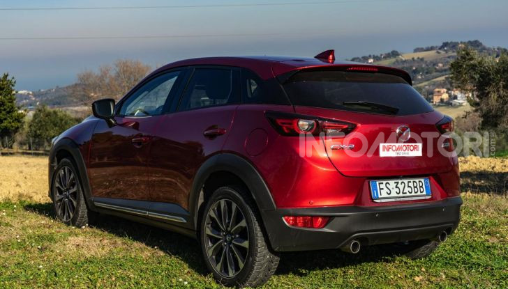 Prova Mazda CX-3 con il benzina da 121CV: tanto divertimento e stile! - Foto 7 di 36