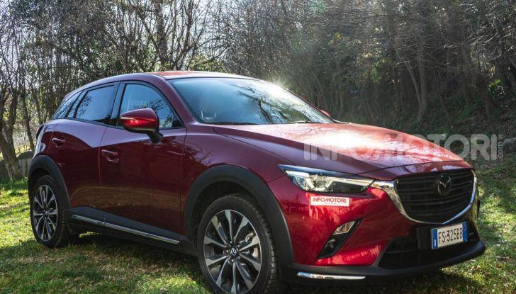 Prova Mazda CX-3 con il benzina da 121CV: tanto divertimento e stile! - Foto 2 di 36