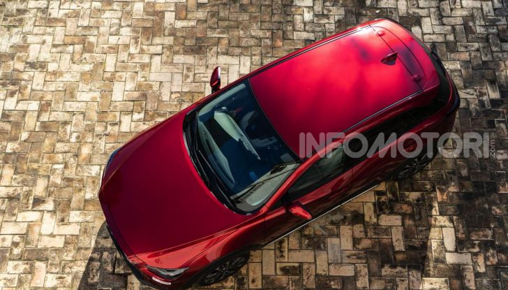 Prova Mazda CX-3 con il benzina da 121CV: tanto divertimento e stile! - Foto 4 di 36