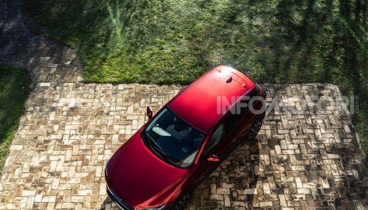 Prova Mazda CX-3 con il benzina da 121CV: tanto divertimento e stile! - Foto 10 di 36