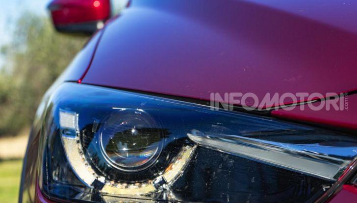 Prova Mazda CX-3 con il benzina da 121CV: tanto divertimento e stile! - Foto 11 di 36
