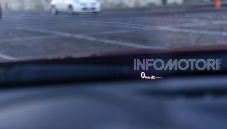 Prova Mazda CX-3 con il benzina da 121CV: tanto divertimento e stile! - Foto 23 di 36