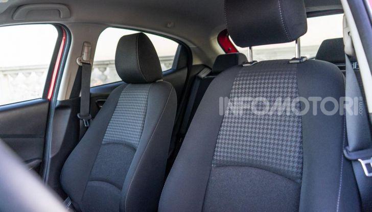 Prova nuova Mazda2: la leggerezza dell'1.5 Skyactiv-G da 90CV a benzina - Foto 16 di 26