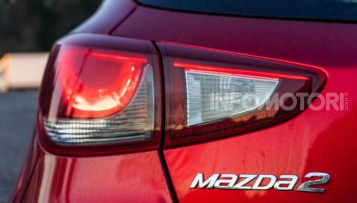 Prova nuova Mazda2: la leggerezza dell'1.5 Skyactiv-G da 90CV a benzina - Foto 5 di 26