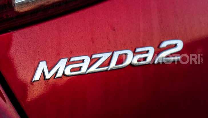 Prova nuova Mazda2: la leggerezza dell'1.5 Skyactiv-G da 90CV a benzina - Foto 6 di 26