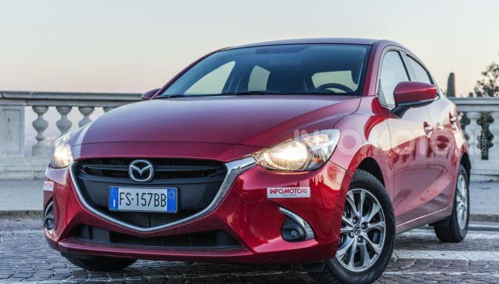 Prova nuova Mazda2: la leggerezza dell'1.5 Skyactiv-G da 90CV a benzina - Foto 1 di 26