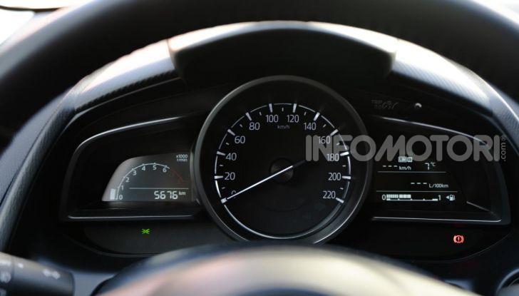 Prova nuova Mazda2: la leggerezza dell'1.5 Skyactiv-G da 90CV a benzina - Foto 9 di 26