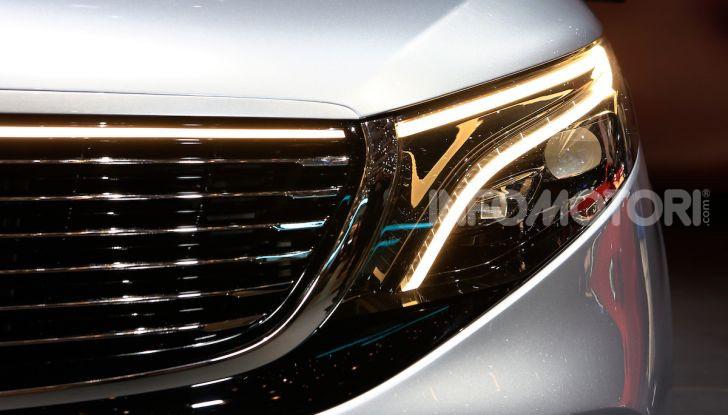 Mercedes Concept EQV: il primo monovolume premium 100% elettrico - Foto 10 di 11