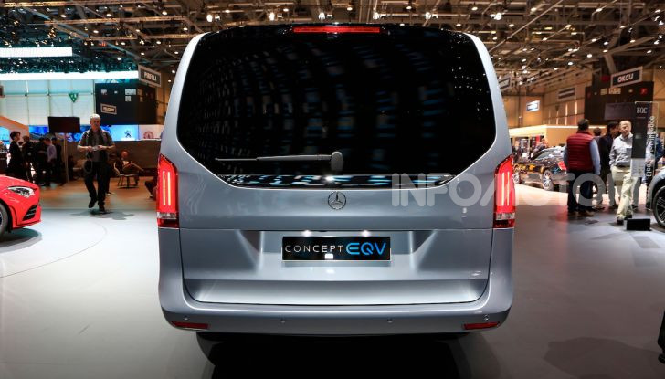 Mercedes Concept EQV: il primo monovolume premium 100% elettrico - Foto 8 di 11