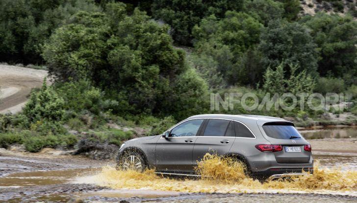 Nuova Mercedes GLC: per la strada e per l'offroad - Foto 12 di 26