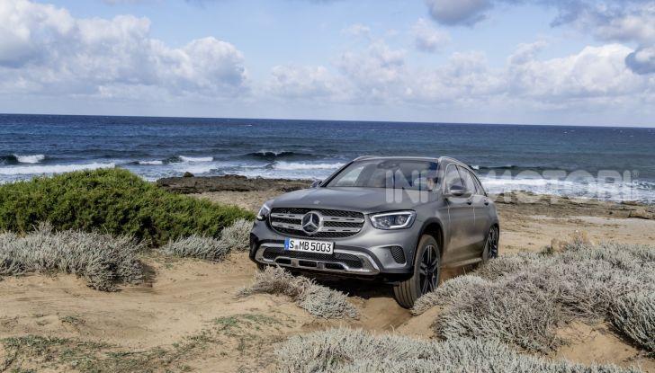 Nuova Mercedes GLC: per la strada e per l'offroad - Foto 19 di 26