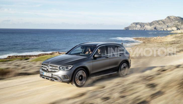 Nuova Mercedes GLC: per la strada e per l'offroad - Foto 20 di 26