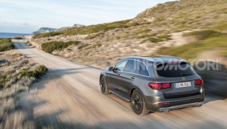 Nuova Mercedes GLC: per la strada e per l'offroad - Foto 22 di 26