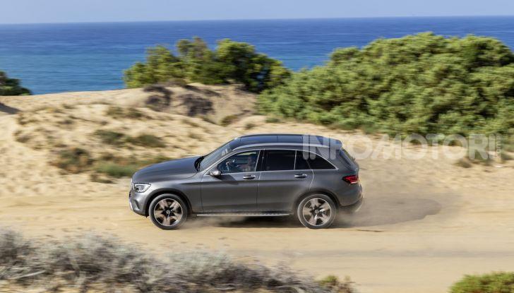 Nuova Mercedes GLC: per la strada e per l'offroad - Foto 8 di 26