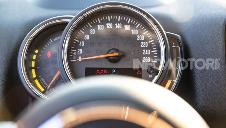 Prova MINI Countryman ibrida plug-in 2019: 224CV per risparmiare - Foto 46 di 57