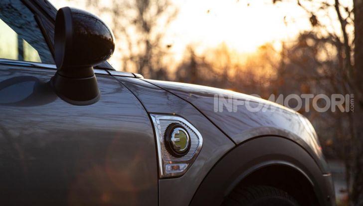Prova MINI Countryman ibrida plug-in 2019: 224CV per risparmiare - Foto 4 di 57