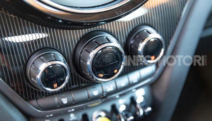 Prova MINI Countryman ibrida plug-in 2019: 224CV per risparmiare - Foto 12 di 57