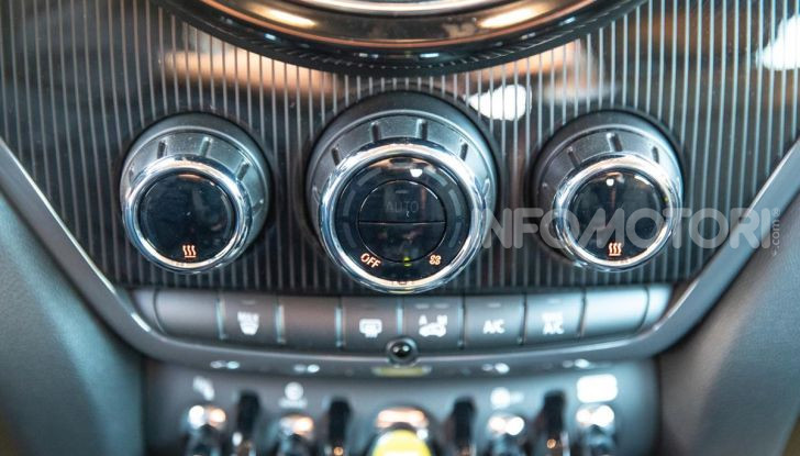 Prova MINI Countryman ibrida plug-in 2019: 224CV per risparmiare - Foto 11 di 57