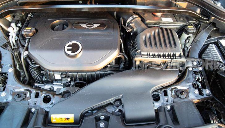 Prova MINI Countryman ibrida plug-in 2019: 224CV per risparmiare - Foto 7 di 57