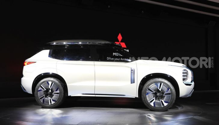 Mitsubishi Engelberg Tourer: SUV elettrico per il Salone di Ginevra 2019 - Foto 19 di 40