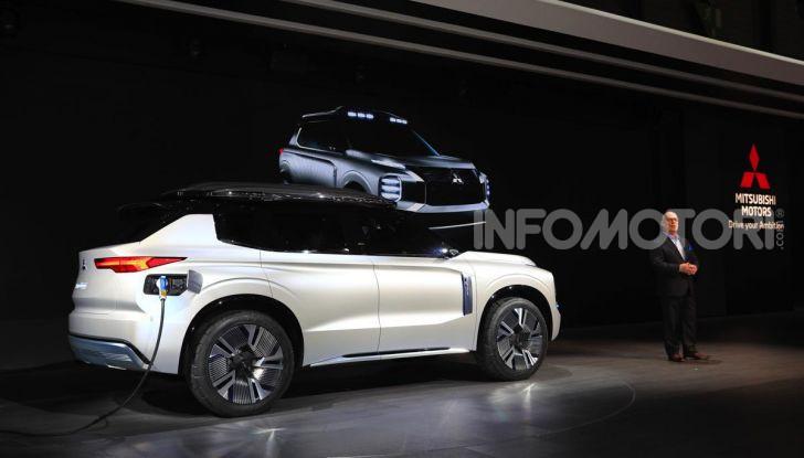 Mitsubishi Engelberg Tourer: SUV elettrico per il Salone di Ginevra 2019 - Foto 22 di 40