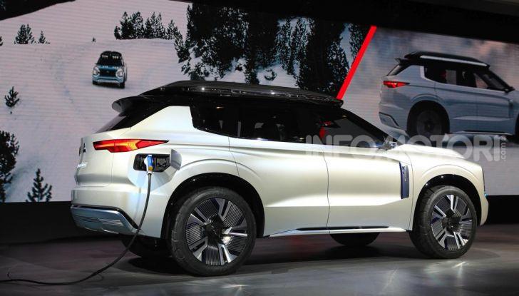 Mitsubishi Engelberg Tourer: SUV elettrico per il Salone di Ginevra 2019 - Foto 25 di 40