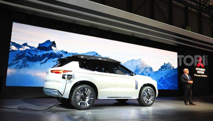 Mitsubishi Engelberg Tourer: SUV elettrico per il Salone di Ginevra 2019 - Foto 28 di 40