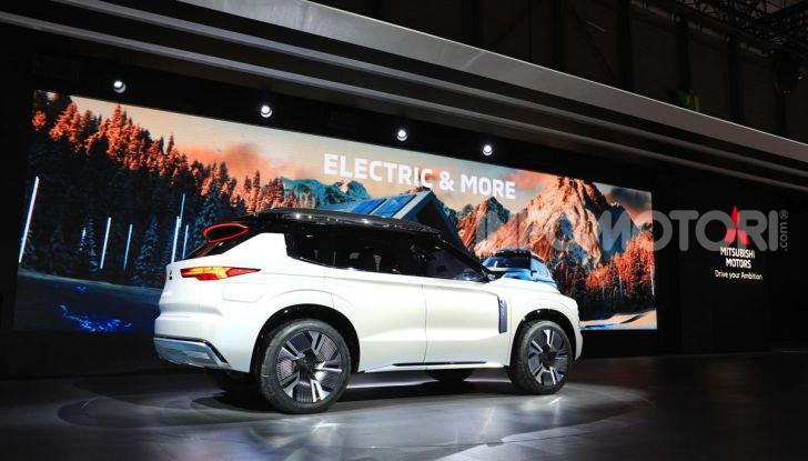 Mitsubishi Engelberg Tourer: SUV elettrico per il Salone di Ginevra 2019 - Foto 31 di 40