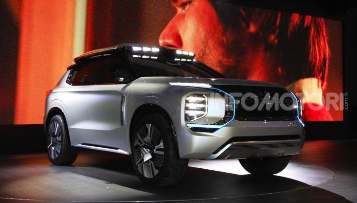 Mitsubishi Engelberg Tourer: SUV elettrico per il Salone di Ginevra 2019 - Foto 9 di 40