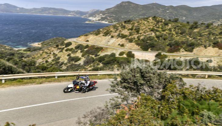 Prova su strada Moto Guzzi V85TT: caratteristiche, prezzo e opinioni - Foto 1 di 116