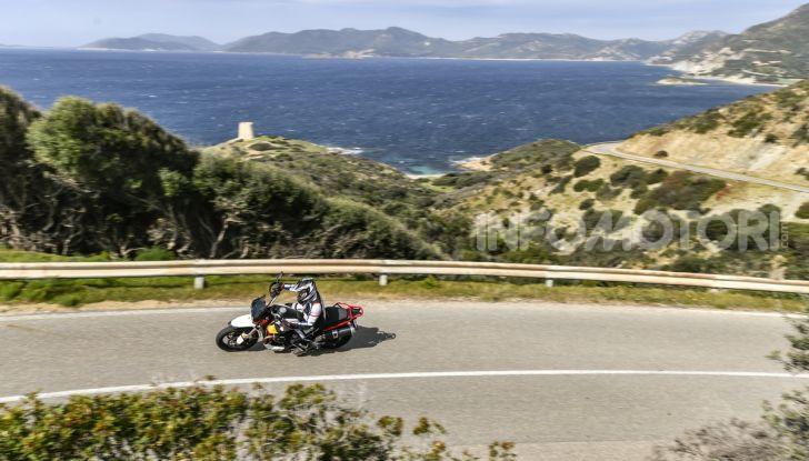 Prova su strada Moto Guzzi V85TT: caratteristiche, prezzo e opinioni - Foto 5 di 116