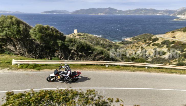 La Moto Guzzi V85TT piace e Mandello assume 18 giovani operai - Foto 6 di 116