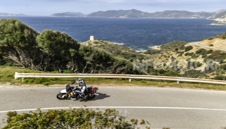 Prova su strada Moto Guzzi V85TT: caratteristiche, prezzo e opinioni - Foto 6 di 116