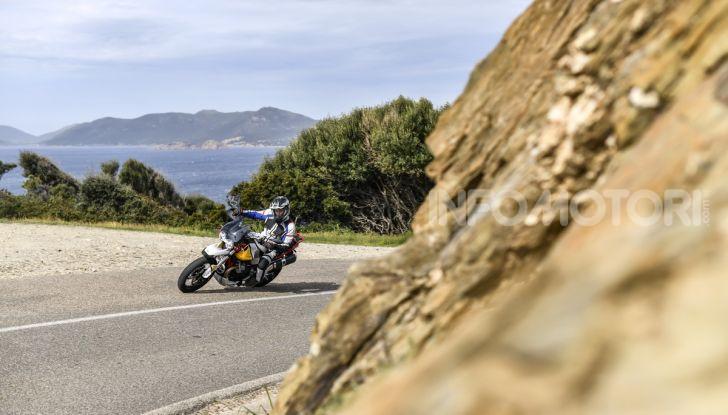 Prova su strada Moto Guzzi V85TT: caratteristiche, prezzo e opinioni - Foto 11 di 116