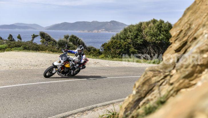 La Moto Guzzi V85TT piace e Mandello assume 18 giovani operai - Foto 13 di 116