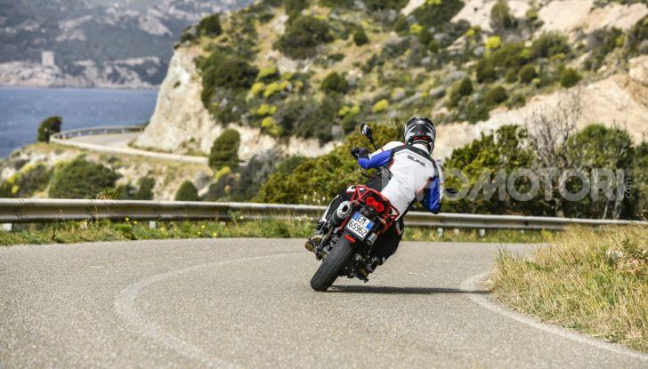Prova su strada Moto Guzzi V85TT: caratteristiche, prezzo e opinioni - Foto 23 di 116