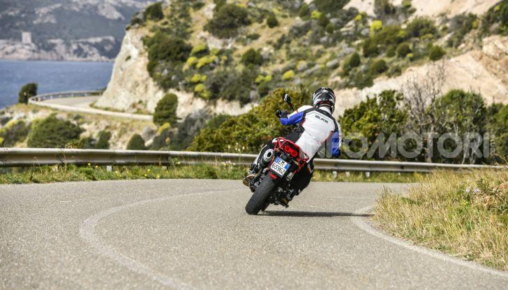 Prova su strada Moto Guzzi V85TT: caratteristiche, prezzo e opinioni - Foto 24 di 116