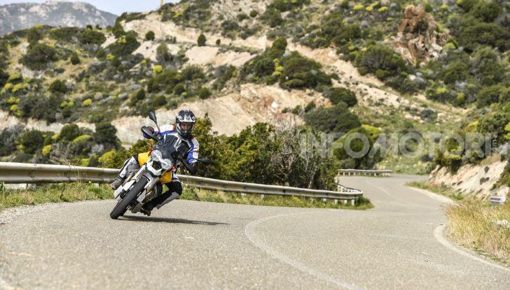Prova su strada Moto Guzzi V85TT: caratteristiche, prezzo e opinioni - Foto 29 di 116