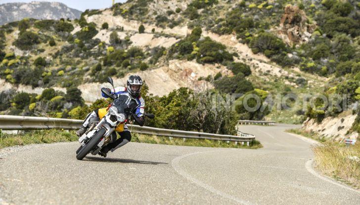 Prova su strada Moto Guzzi V85TT: caratteristiche, prezzo e opinioni - Foto 30 di 116