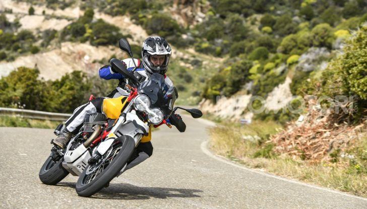 Prova su strada Moto Guzzi V85TT: caratteristiche, prezzo e opinioni - Foto 32 di 116