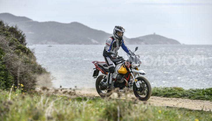 Prova su strada Moto Guzzi V85TT: caratteristiche, prezzo e opinioni - Foto 39 di 116