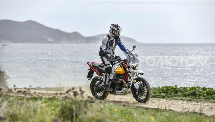 Prova su strada Moto Guzzi V85TT: caratteristiche, prezzo e opinioni - Foto 41 di 116