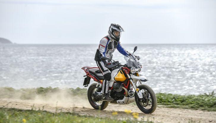 Prova su strada Moto Guzzi V85TT: caratteristiche, prezzo e opinioni - Foto 42 di 116