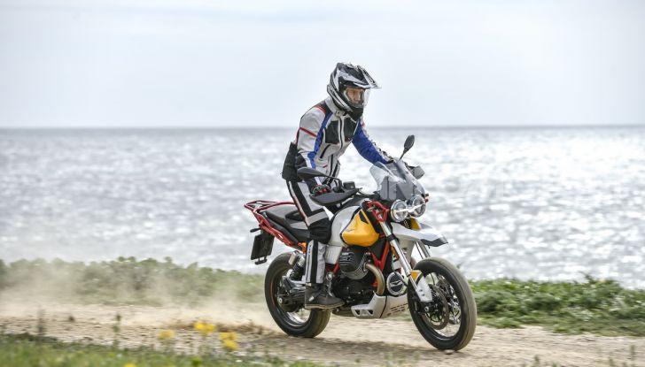 Prova su strada Moto Guzzi V85TT: caratteristiche, prezzo e opinioni - Foto 44 di 116