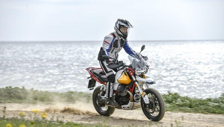Prova su strada Moto Guzzi V85TT: caratteristiche, prezzo e opinioni - Foto 45 di 116