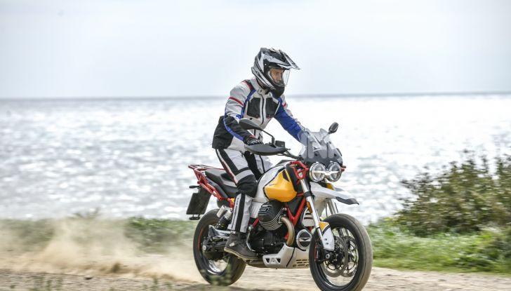 Prova su strada Moto Guzzi V85TT: caratteristiche, prezzo e opinioni - Foto 47 di 116