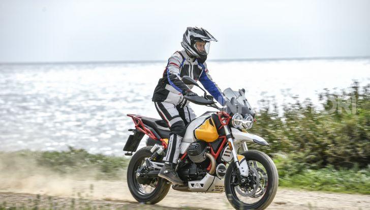 Prova su strada Moto Guzzi V85TT: caratteristiche, prezzo e opinioni - Foto 48 di 116